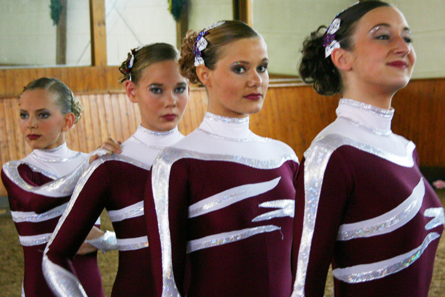 vaulting_girls_014